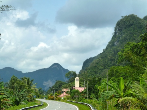 Beautiful scenery we passed along the way. There are churches all over Sarawak and there were crosses on most of the doorways at Annah Rais