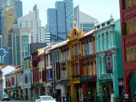 I really love the juxtaposition of traditional and modern that one sees all over Singapore