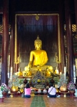 Inside the very famous Wat Phra Sing